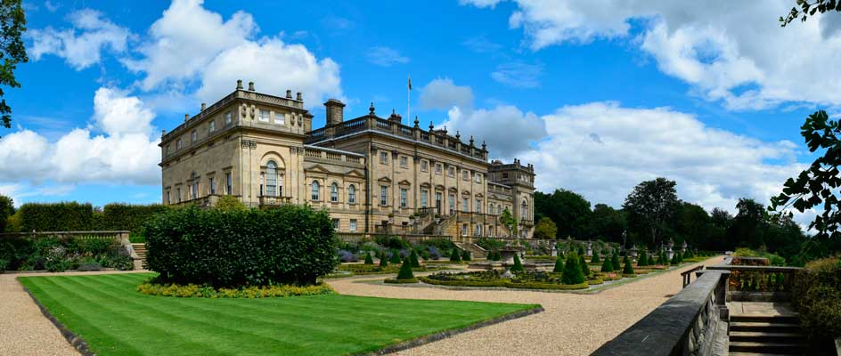 The Harewood House in Leeds is a non-forgettable Victorian style house.